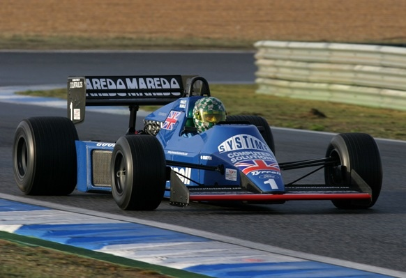 1984 TYRRELL 012 -03 F1 WITH COSWORTH DFV - proven & competitive car in the Masters series.